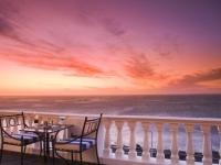twelve-apostles-leopard-lounge-terrace