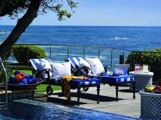 twelve-apostles-terrace-pool