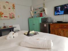 28 on Hoop Bedroom (7)