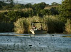 hluhluwe-boat