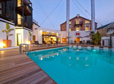 turbine-hotel-swimming-pool