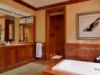 AM Milner - Royal Suite - Bathroom