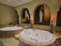 Castello di Monte Honeymoon Suite bathroom