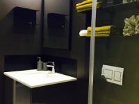 Design Apartment Greenpoint Bathroom