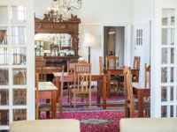 Excelsior Manor Dining Area