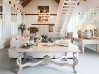 Grand Dedale Cottage Lounge