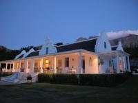 Grand Dedale Manor House Night