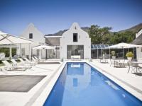Grand Dedale Pool