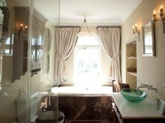 Hawksmoor House Bathroom
