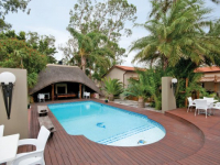 Ibhayi Guest Lodge Swimming Pool