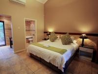 Ibhayi Guest Lodge Bedroom 3