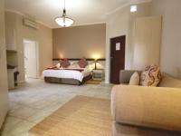 Ibhayi Guest Lodge Bedroom 4