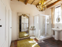 klein-nektar-manor-cape-en-suite-bathroom-1