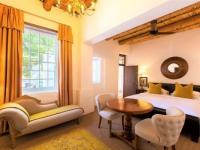 klein-nektar-manor-cape-room-1