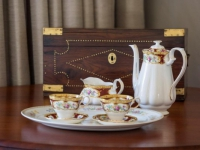 Madison Manor Tea Set