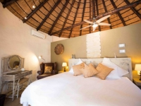 Mziki Lodge Bedroom