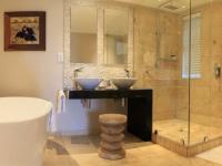 Perriwinkle Bathroom 2