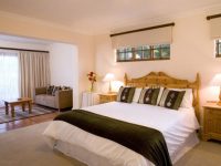 Robberg Beach Resort Cottage Suite Bedroom