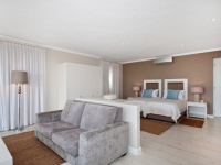 Robberg Beach Resort Luxury Suite Bedroom