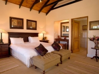 Robberg Beach Resort Cottage Suite Bedroom