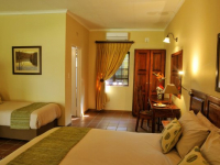 Tzaneen Country Lodge Rooms Triple 03