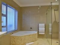 Val du Charron Bathroom