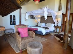 Amakhosi-Safari-Lodge-River-Suite-1