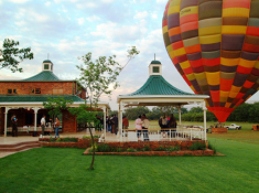 bill-harrop-balloon-safaris-clubhouse