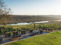 Bucklers-Africa-Lodge-by-BON-Hotels-Deck