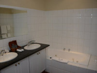 Budmarsh Bathroom of Room 1 (4)