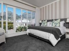Cape Town Hollow Mountain Facing Room