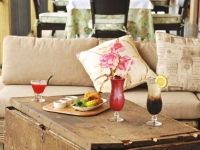 casterbridge-hollow-hotel_food-and-wine-magnolia-cafe-cocktails