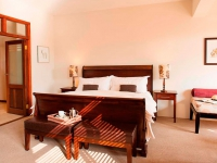casterbridge-hollow-hotel_accommodation-family-bedroom
