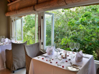 Clifftop Safari Hideaway Dining 4