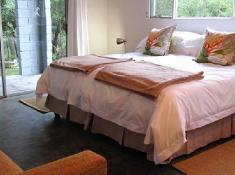 djuma-galago-bedroom-interior-2