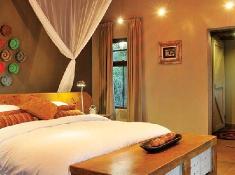 djuma-vuyatela-bedroom-interior