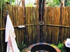 Djuma Vuyatela Lodge Outdoor Shower