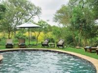 cheetah-plains-swimming-pool