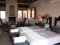 Kingfisher Lodge Twin Bedroom