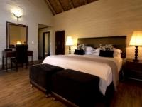 Lakeside Lodge Bedroom 2