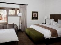 Lakeside Lodge Bedroom