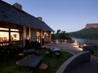 Lakeside Lodge Setting
