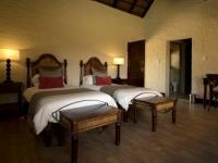Lakeside Lodge Twin Bedroom