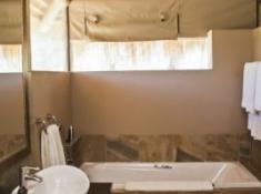 Entabeni Wildside Tented Camp Bathroom