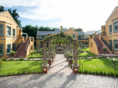 Franschhoek-Country-House-Exterior-2