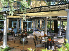 Franschhoek-Country-House-Terrace-Restaurant