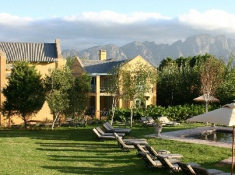 Franschhoek-Country-Hse