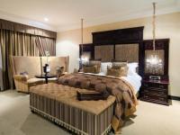 Fusion Boutique Hotel Gold Suite