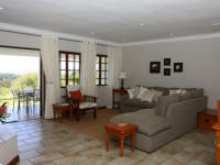 Fynbos Ridge Cottage Living Area