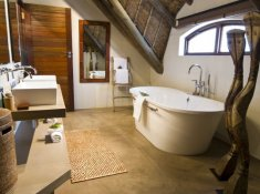Gondwana-Bush-Villa-Bathroom